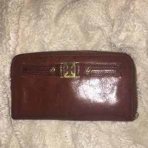 Authentic Tory Burch wallet!!!